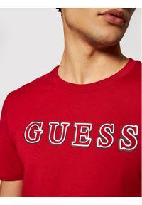 Guess T-Shirt M1YI53 I3Z11 Czerwony Slim Fit. Kolor: czerwony