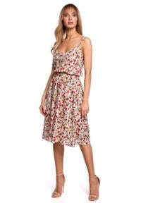 e-margeritka - Sukienka midi na ramiączkach - m. Materiał: tkanina, wiskoza, materiał. Długość rękawa: na ramiączkach. Wzór: kwiaty. Typ sukienki: rozkloszowane. Długość: midi