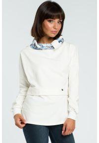 e-margeritka - Damska bluza bawełniana z kolorowym kołnierzem ecru - 2xl/3xl. Materiał: bawełna. Długość rękawa: długi rękaw. Długość: długie. Wzór: kolorowy. Sezon: jesień, zima