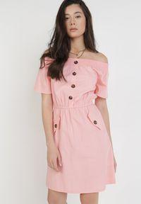 Born2be - Różowa Sukienka Ophiinix. Typ kołnierza: dekolt hiszpanka. Kolor: różowy. Materiał: bawełna, elastan. Długość rękawa: krótki rękaw. Sezon: lato. Długość: mini