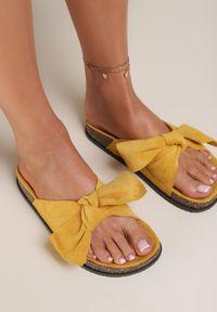 Renee - Żółte Klapki Aglalacia. Kolor: żółty