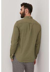 Lyle & Scott - Koszula. Okazja: na co dzień. Typ kołnierza: button down. Kolor: zielony. Materiał: tkanina. Długość rękawa: długi rękaw. Długość: długie. Wzór: gładki. Styl: casual