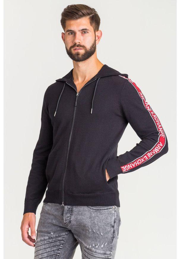 Sweter Armani Exchange z kapturem, w kolorowe wzory