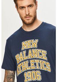 New Balance - T-shirt. Okazja: na co dzień. Kolor: niebieski. Wzór: nadruk. Styl: casual