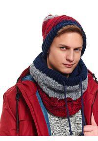 Czerwony szalik TOP SECRET w kolorowe wzory, na zimę