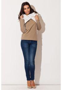 Katrus - Beżowa Bluza z Kontrastowym Kołnierzem. Kolor: beżowy. Materiał: bawełna, elastan