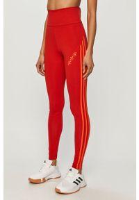 Czerwone legginsy adidas Originals gładkie