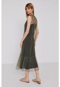 DKNY - Dkny - Sukienka. Typ kołnierza: kołnierzyk stójkowy. Kolor: zielony. Materiał: tkanina. Typ sukienki: rozkloszowane