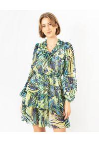 COSEL - Wzorzysta sukienka Boho Lemon Buttefly. Okazja: na randkę. Kolor: zielony. Materiał: szyfon. Styl: boho. Długość: mini