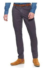 TOP SECRET - Spodnie typu chino z paskiem slim fit. Okazja: na co dzień. Kolor: szary. Materiał: bawełna. Wzór: gładki, aplikacja. Sezon: wiosna. Styl: klasyczny, casual