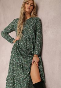 Renee - Zielona Sukienka Caellial. Kolor: zielony. Wzór: kwiaty, aplikacja. Typ sukienki: proste. Styl: klasyczny. Długość: maxi