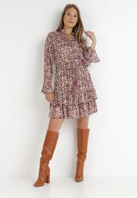 Born2be - Brązowa Sukienka Tryphanie. Kolor: brązowy. Wzór: kwiaty, aplikacja, nadruk. Długość: mini