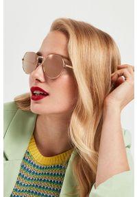 Hawkers - Okulary przeciwsłoneczne AURA - ROSE GOLD. Kształt: okrągłe. Kolor: różowy