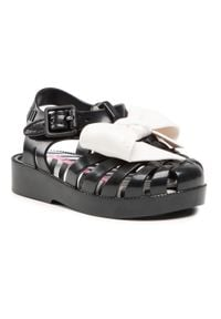 melissa - Sandały MELISSA - Mini Melissa Possession + Barb 33341 Blck/White 51588. Kolor: czarny. Wzór: aplikacja