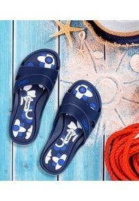 LANO - Klapki dziecięce basenowe Lano KL-3-3060-M7 Granatowe. Okazja: na plażę. Kolor: niebieski. Materiał: guma