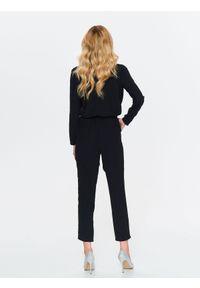 Czarny kombinezon TOP SECRET długi, w kolorowe wzory, elegancki