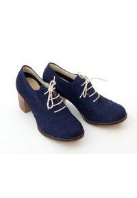 Zapato - sznurowane półbuty na 6 cm słupku - skóra naturalna - model 251 - kolor granatowy nubuk. Kolor: niebieski. Materiał: nubuk, skóra. Obcas: na słupku
