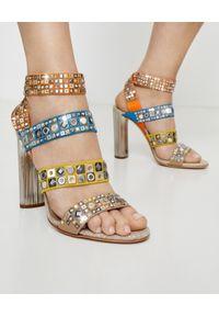 Casadei - CASADEI - Zdobione sandały na słupku Babilonia. Zapięcie: pasek. Kolor: niebieski. Materiał: tkanina, materiał. Wzór: aplikacja. Sezon: lato. Obcas: na słupku. Styl: boho. Wysokość obcasa: średni