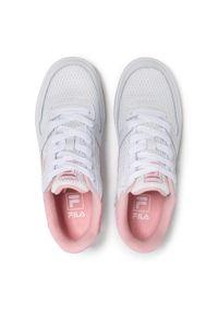 Fila - Sneakersy FILA - FxVentuno Low Wmn 1011171.94F White/Coral Blush. Okazja: na co dzień, na spacer. Kolor: biały. Materiał: skóra ekologiczna, materiał. Szerokość cholewki: normalna. Sezon: lato. Styl: casual