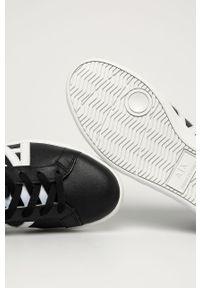 Czarne sneakersy Armani Exchange na sznurówki, z okrągłym noskiem