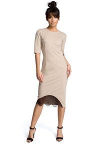 Beżowa sukienka MOE midi, w koronkowe wzory