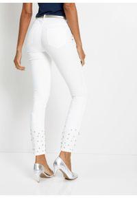 Białe jeansy bonprix