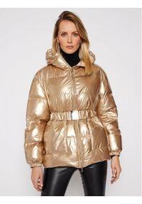 Patrizia Pepe Kurtka puchowa 8S0350/A8S7-Y401 Złoty Regular Fit. Kolor: złoty. Materiał: puch