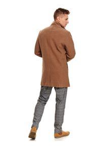 TOP SECRET - Klasyczny płaszcz ze stójką z wełnianej tkaniny. Typ kołnierza: kołnierzyk stójkowy. Materiał: tkanina, wełna. Sezon: zima. Styl: klasyczny