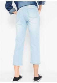 Wygodne dżinsy ze stretchem 7/8 STRAIGHT bonprix jasnoniebieski. Kolor: niebieski