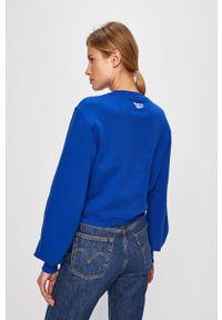 Niebieska bluza Reebok Classic z nadrukiem, bez kaptura