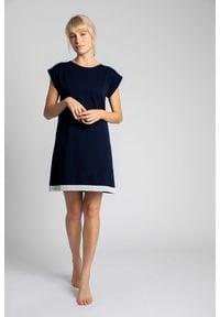 MOE - Koszula Nocna Wykończona Koronką - Granatowa. Kolor: niebieski. Materiał: koronka. Wzór: koronka