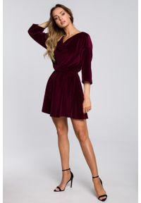 e-margeritka - Sukienka welurowa mini elegancka bordowa - xl. Kolor: czerwony. Materiał: welur. Styl: elegancki. Długość: mini