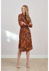 Marie Zélie - Sukienka Eliza Ratio. Materiał: wiskoza. Długość rękawa: długi rękaw. Typ sukienki: szmizjerki. Styl: klasyczny