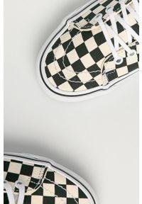 Czarne tenisówki Vans na sznurówki, z okrągłym noskiem