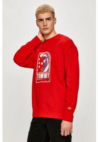 Czerwona bluza nierozpinana Tommy Jeans z nadrukiem, bez kaptura