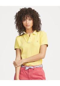 Ralph Lauren - RALPH LAUREN - Koszulka Classic Fit z logo. Typ kołnierza: polo. Kolor: żółty. Materiał: bawełna, materiał. Wzór: haft, aplikacja