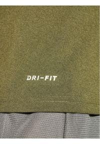Zielona koszulka sportowa Nike Dri-Fit (Nike)