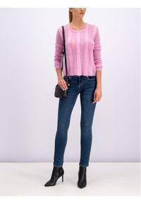Różowy sweter Silvian Heach