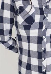 Born2be - Granatowo-Biała Koszula Lisixa. Kolor: niebieski