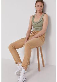 Pepe Jeans - Spodnie Dash. Okazja: na co dzień. Kolor: brązowy. Materiał: tkanina. Styl: casual