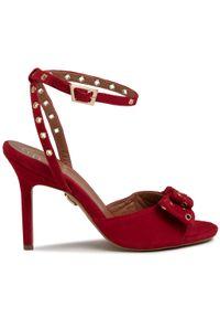 Czerwone sandały Baldowski