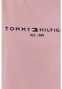 TOMMY HILFIGER - Tommy Hilfiger - T-shirt. Okazja: na co dzień. Kolor: różowy. Materiał: bawełna, dzianina. Wzór: nadruk. Styl: casual