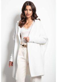 Biały sweter Fobya z kapturem