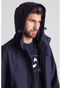 Emporio Armani - Granatowy wodoodporny płaszcz męski. Kolor: niebieski. Materiał: wełna #2