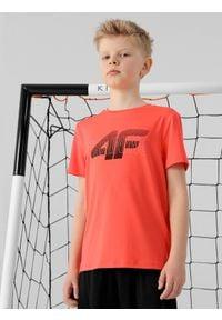 4f - T-shirt chłopięcy (122-164). Kolor: czerwony. Materiał: włókno