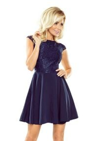 Numoco - Sukienka Elegancka Rozkloszowana z Koronką - Granatowa. Kolor: niebieski. Materiał: koronka. Wzór: koronka. Styl: elegancki