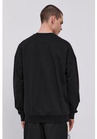 EA7 Emporio Armani - Bluza bawełniana. Okazja: na co dzień. Kolor: czarny. Materiał: bawełna. Wzór: aplikacja. Styl: casual