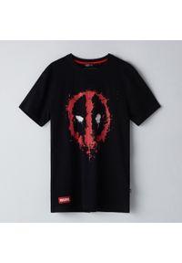 Cropp - Koszulka Deadpool - Czarny. Kolor: czarny