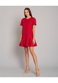 VALENTINO - Czerwona sukienka mini. Kolor: czerwony. Materiał: jedwab, materiał, wełna. Typ sukienki: rozkloszowane. Styl: klasyczny, elegancki. Długość: mini