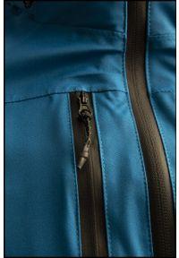 Niebieska kurtka outhorn na co dzień, casualowa